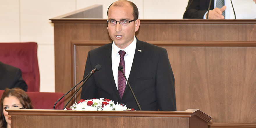 """Meclis'e devamsızlığa Yasa Önerisi hazırlığı:""""1 ay katılmayanların vekilliği düşecek"""""""