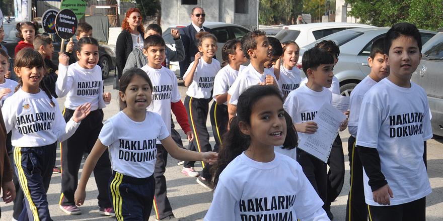 Bu kez çocuklar hakları için yürüdüler