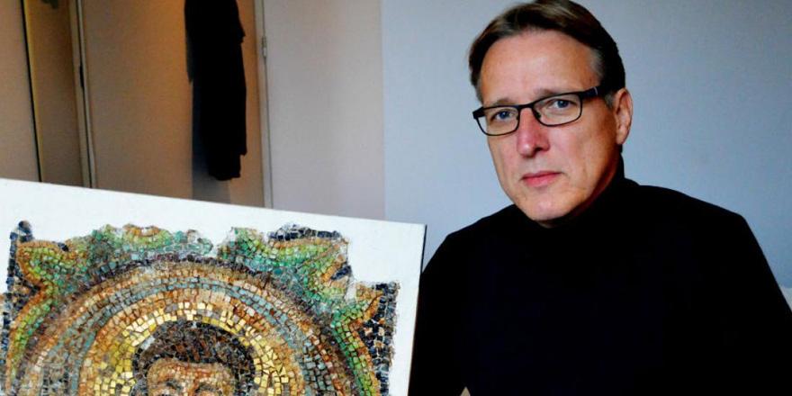 Çalıntı mozaik Kıbrıs'a iade edildi