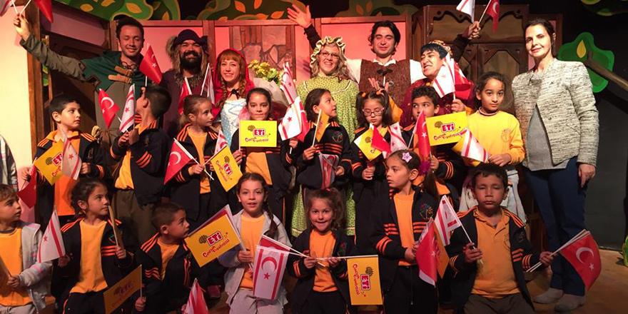 """""""Kırmızı Başlıklı Kız"""" son kez Girne'de sahnelenecek"""