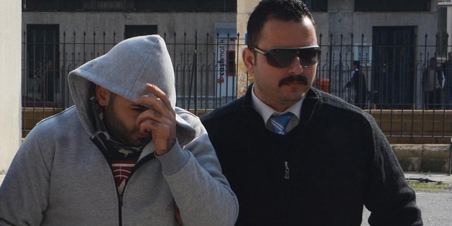 Dikmen'e 15 ay hapis cezası
