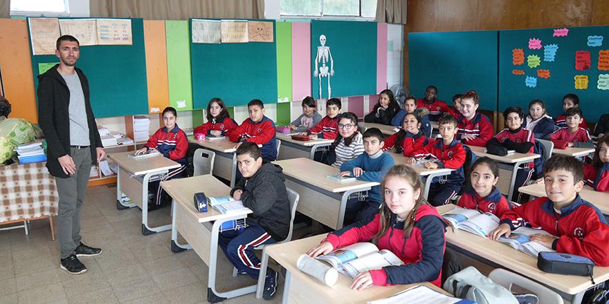 Sel sonrası Dikmen İlkokulu yeniden eğitime başladı