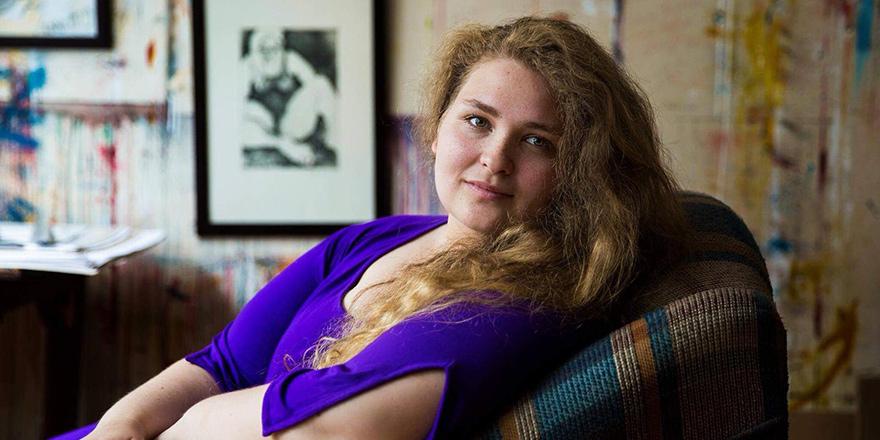 """Pınar İnandım;  """"Tiyatronun birleştirici gücüne inanıyorum"""""""