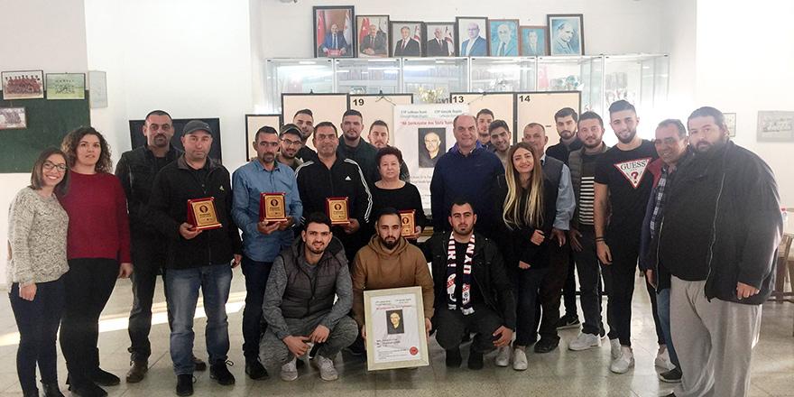 Şenkayalar turnuvasının geliri minik Tuğsan'a bağışlandı