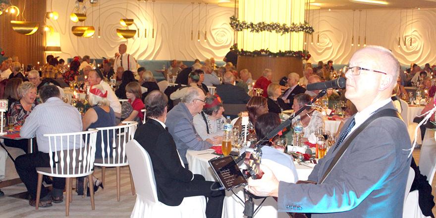 Malpas Hotel'de Noel gecesi coşkuyla kutlandı