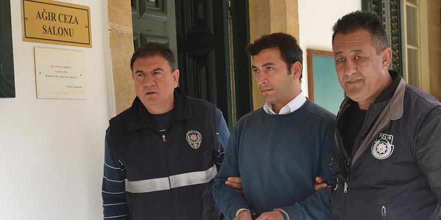'Sahte kuaförlük belge'sine 1 yıl hapis