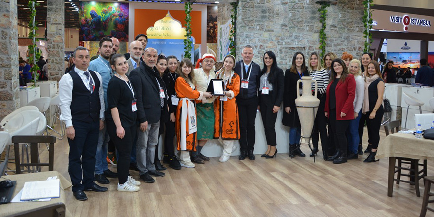 """Kuzey Kıbrıs'a """"En Organize Stant"""" ödülü"""