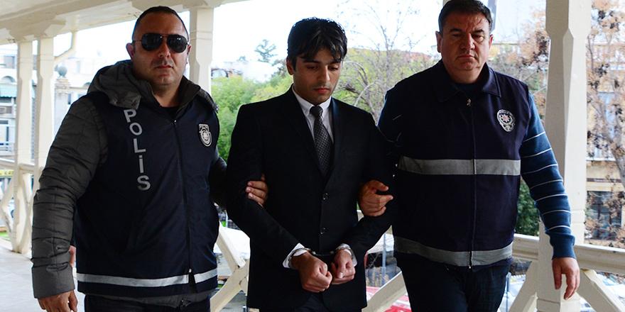 Silahlı soyguncuya 10 yıl hapis cezası