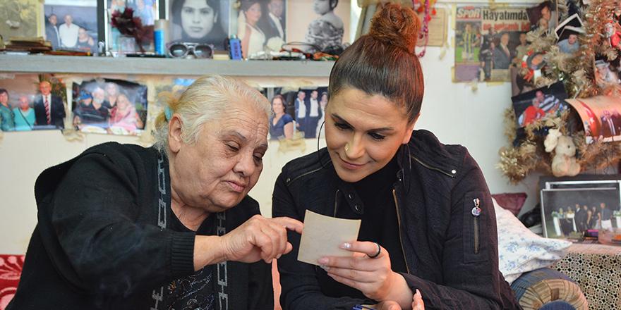 """Lefkoşa'nın tanınmış yüzlerinden Ziba Kiraz; """"Her bayram yuva hasreti duydum"""""""