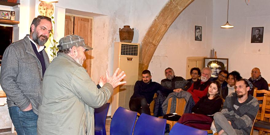Basın -Sen'de 'Tiyatro Tarihi'ne ev sahipliği yaptı