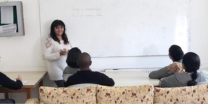 Mahkumlar İngilizce öğreniyor