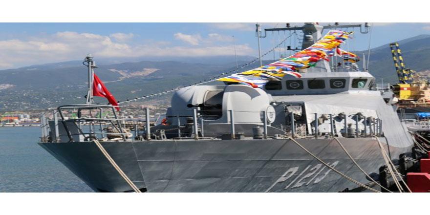 İki gemi halkın ziyaretine açılacak