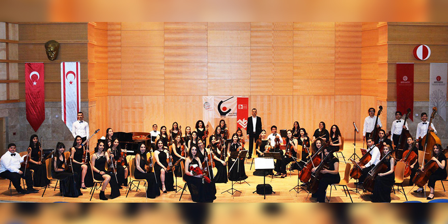 Genç Yetenekler Production Senfoni Orkestrası Girne Sahnesinde