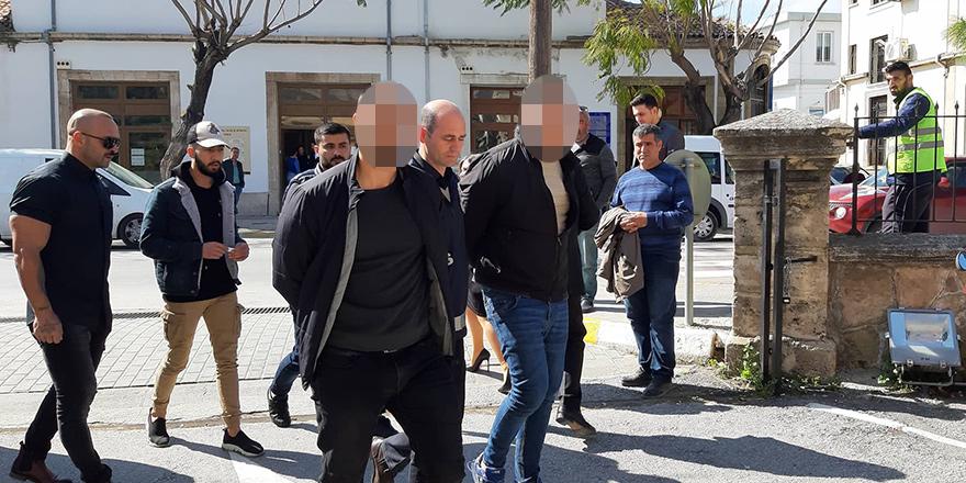 Polis: Başında baret yoktu, ayağında terlik ile çalışıyordu