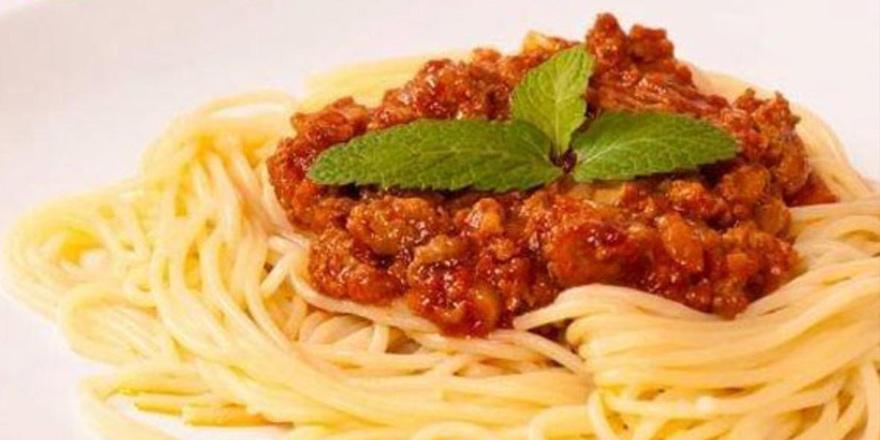 """İtalya """"bolonez soslu makarna""""yı tartışıyor"""