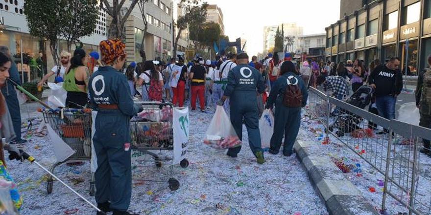 Limasol sokaklarından ger dönüşüm için 3 ton