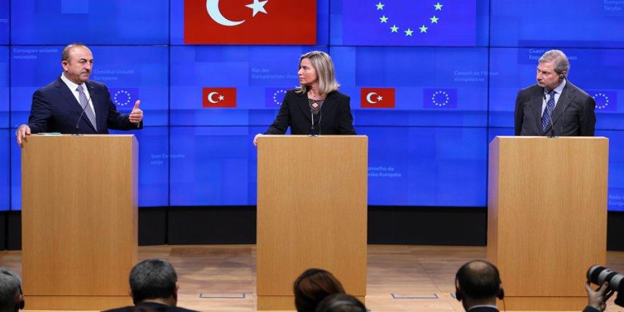 """""""Kıbrıs'ın birleşmesi"""" çabalarına AB-Türkiye desteği"""