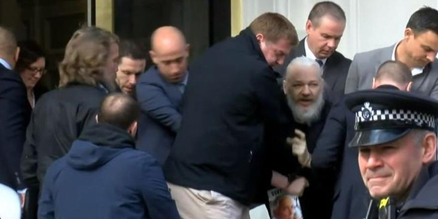 WikiLeaks'in kurucusu  Assange' gözaltına alındı