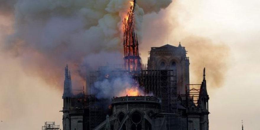 Paris'teki  Notre Dame Katedrali'nde yangın