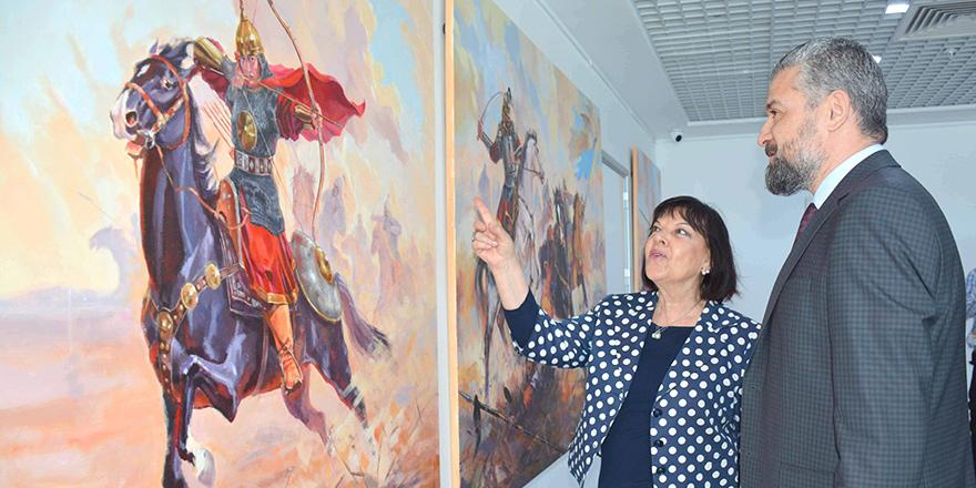"""YDÜ'de""""Kazakistan Sanatçıları Resim Sergisi"""" açıldı"""