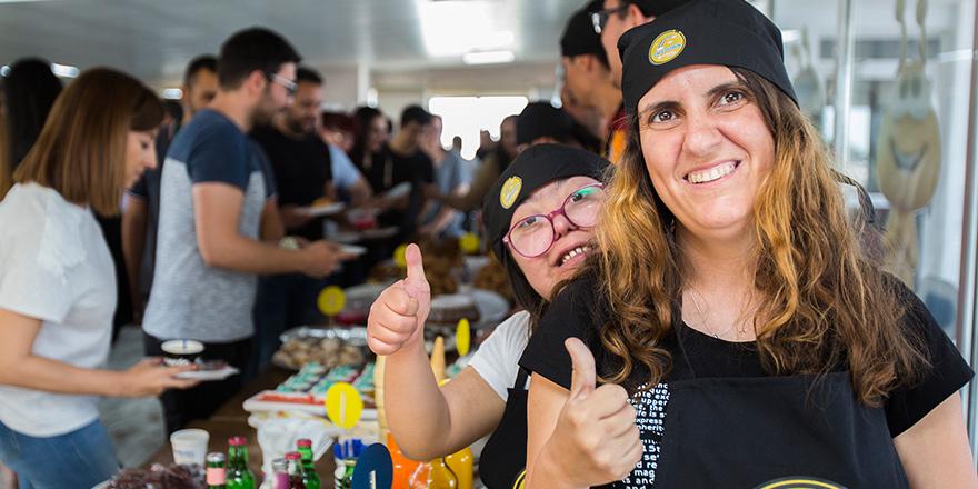 Cafe Down ile Kuzey Kıbrıs Turkcell'de renkli ofis saatleri