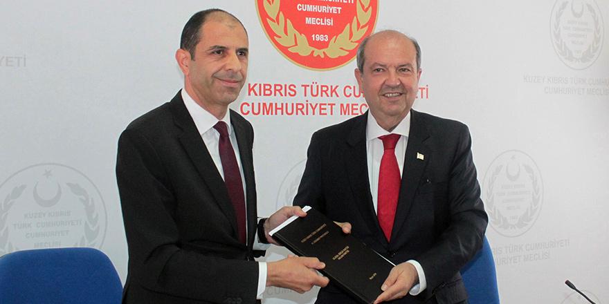 Tatar'dan Özersay'a koalisyon tehdidi