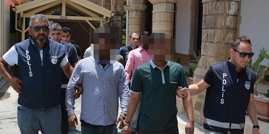 Yatı evindeki kaçaklar mahkemeye çıkarıldı