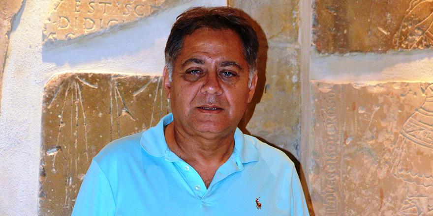 """Ahmet Hilmi;  """"Kıbrıs kimliği var… 1571 öncesi de bizim tarihimiz"""""""