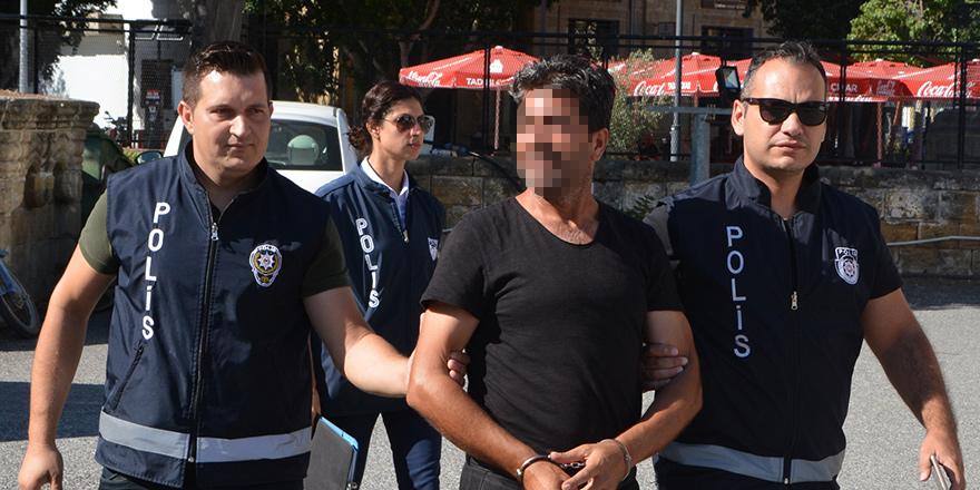 'Eve dönmeyen eşini yine dövdü', tutuklandı