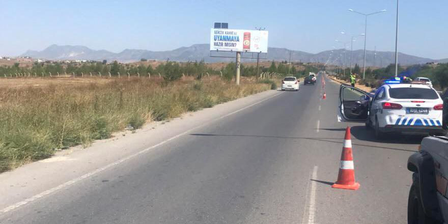 Lefkoşa-Girne ana yolu tek şerit