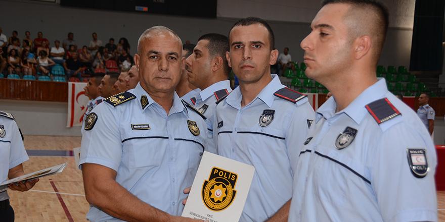 Yeni polis ve itfaiye memurları yemin etti
