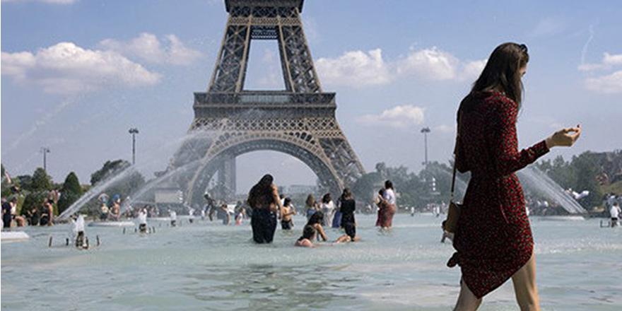 Fransa'da aşırı sıcaklar can alıyor
