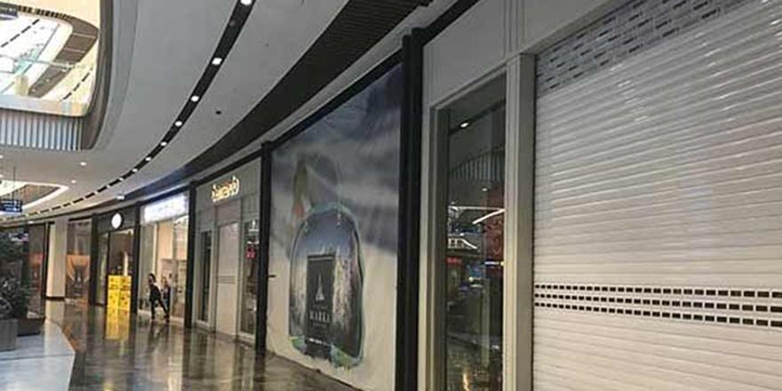 İngiltere'de 2 bin 868 mağaza kepenk kapattı