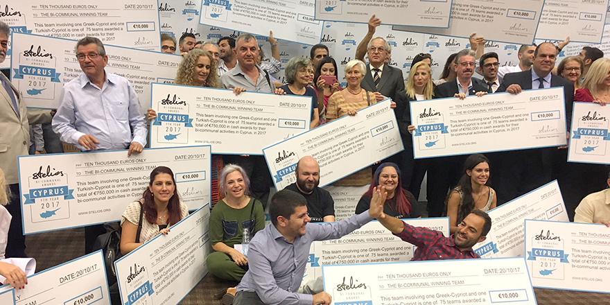 'Stelios İki Toplumlu İşbirliği Ödülleri'ni kazananlar açıklandı: YENİDÜZEN ve HARAVGİ'ye ödül