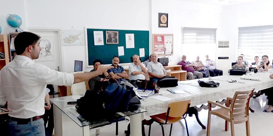 Gazi Lisesi'nde 'Yasaya aykırı kayıt kabul' eylemi hazırlığı