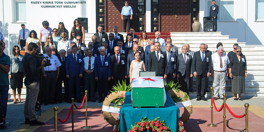 Oktay Feridun Mecliste uğurlandı