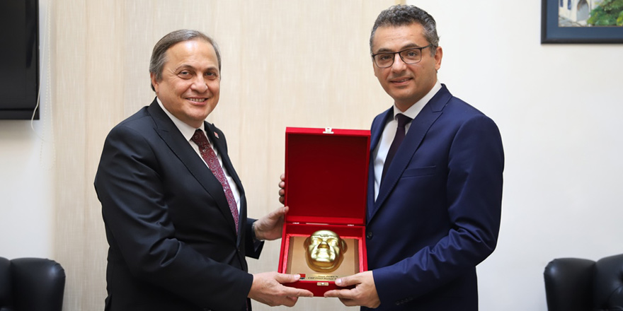 Erhürman, CHP'li Torun ve beraberindeki heyeti kabul etti
