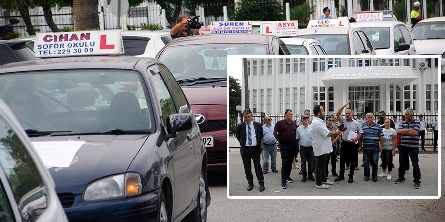 Şoför Okulları sınav yapmama eylemi başlattı