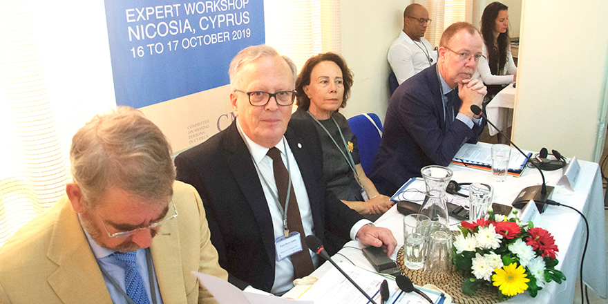 """""""Kıbrıs'ta istikrar için kayıp yakınlarının acılarına son verilmeli"""""""