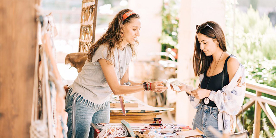 Crafts and Vintage Bazaar'ın üçüncüsü düzenlendi…