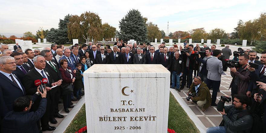 Bülent Ecevit unutulmadı