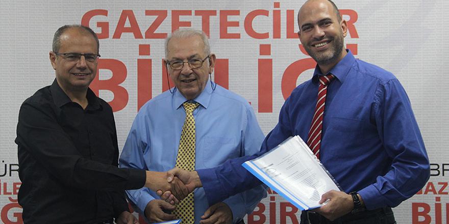 """DAÜ Gündem Gazetesi  """"Medya Etik Kurulu Deklarasyonu""""nu imzaladı"""