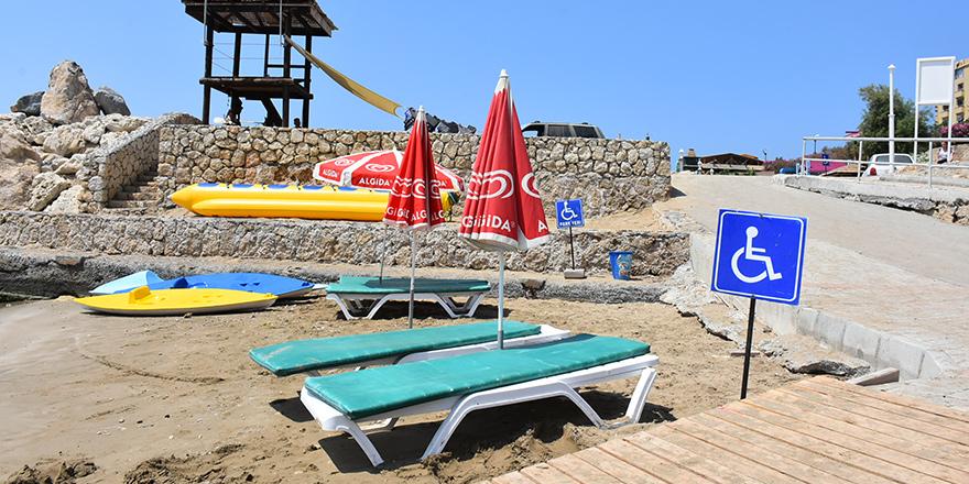 Girne deniz sezonunu kapattı