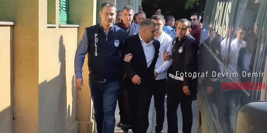 Akacan ve korumalarına 2'şer yıl hapis cezası