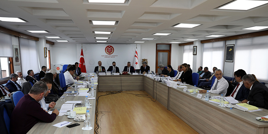Başbakanlık bütçesi kabul edildi