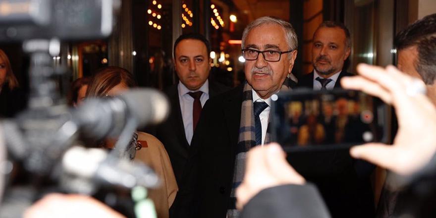 """Akıncı: """"Arzumuz buradan Kıbrıs'a güzel haberler iletebilmektir"""""""