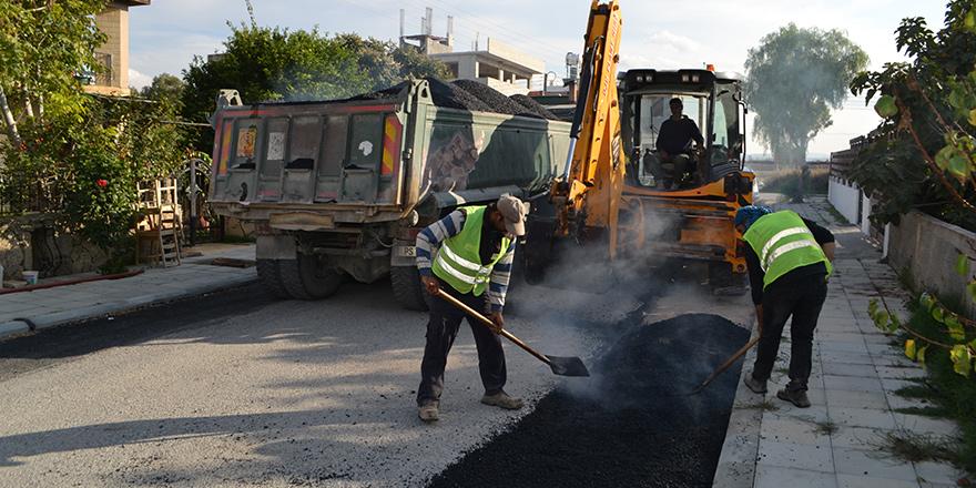 Değirmenlik Belediyesi, yol bakım çalışmalarını sürdürüyor