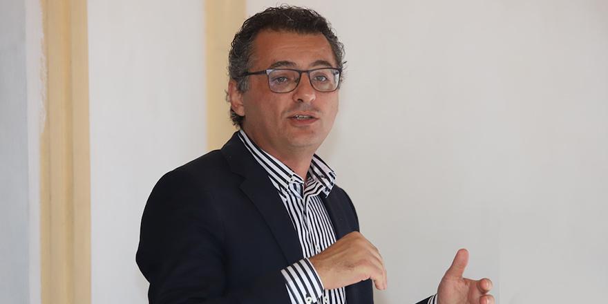 Erhürman: Çözüm irademizi de çözümden önceki haklı taleplerimizi de sürekli anlatmalıyız