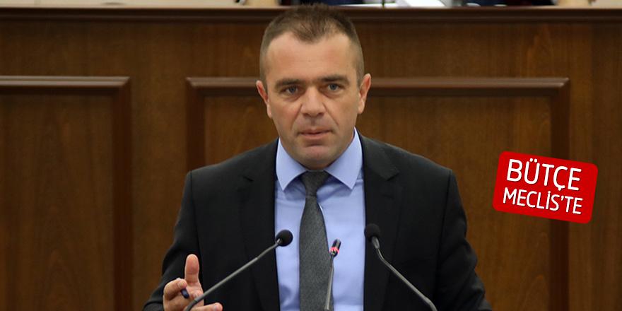 """""""Gençlik Dairesi'ne ayrılan bütçe yetersiz"""""""
