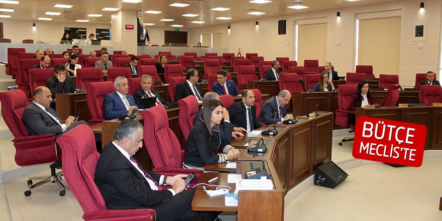 Kamu Hizmeti Komisyonu bütçesi oybirlğiyle geçti